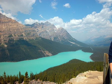 Peyto_Lake_resized